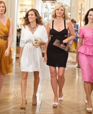 <em></noscript>Vita da single…sognando le nozze?</em> Alla sfida <strong><em>Carrie Bradshaw</em></strong> e <strong><em>Bridget Jones</em></strong>