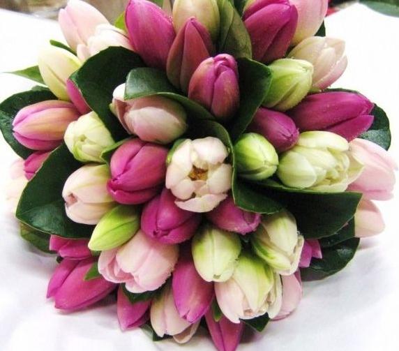 Bouquet Sposa Gelsomino.Bouquet Sposa I Fiori Per Il Matrimonio Di Primavera Sposi Magazine