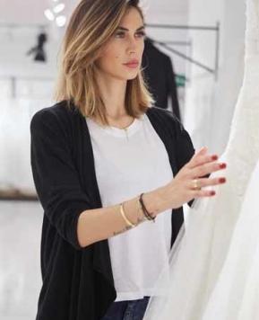 Melissa Satta alle prese con l'abito da Sposa!