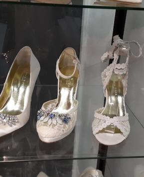 Londra, idee per scarpe Sposa e abiti damigelle