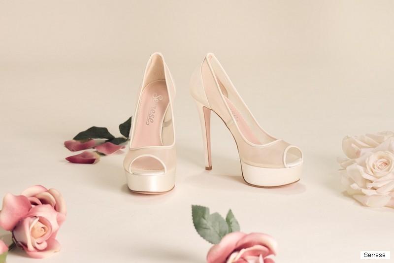 Prezzo di fabbrica 2019 trova fattura abbigliamento sportivo ad alte prestazioni Scarpe sposa, dal sandalo al décolleté trionfa l'eleganza ...