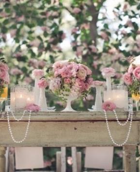 Decorazioni con le candele, un tocco chic