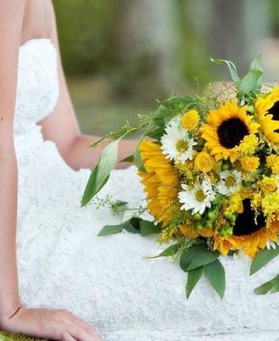 Bouquet sposa: scopri qual è il fiore giusto per te in base al suo significato!