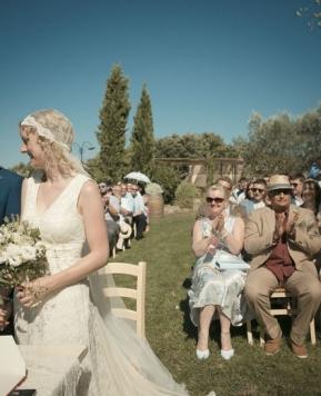 Emily e Daniel sposi in un uliveto: idee a cui ispirarvi