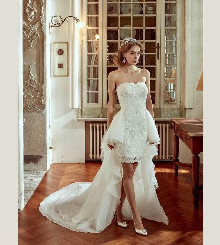 6b2917995026 Per la sposa 2017 l orlo dell abito si accorcia! - Sposi Magazine