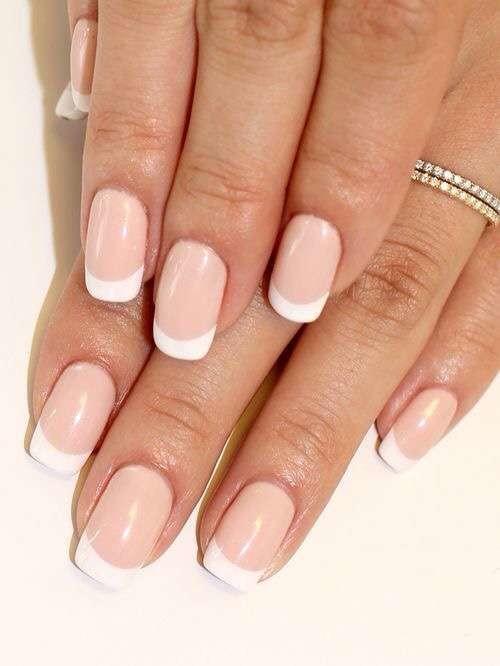 french-manicure-tradizionale-da-sposa
