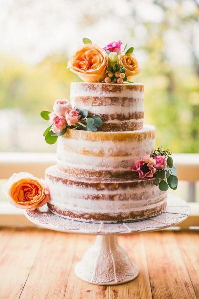 Wedding-Naked-Cake-Sarah-Tonkin (1)