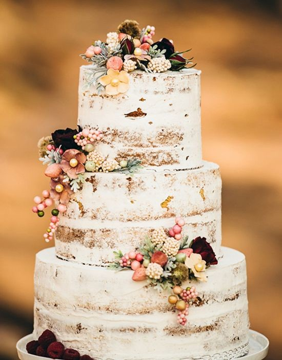 Wedding-Naked-Cake-Skys-The-Limit (1)
