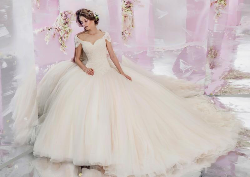 acquisto economico ed84e 79338 A ogni abito da sposa, una diversa personalità - Sposi Magazine