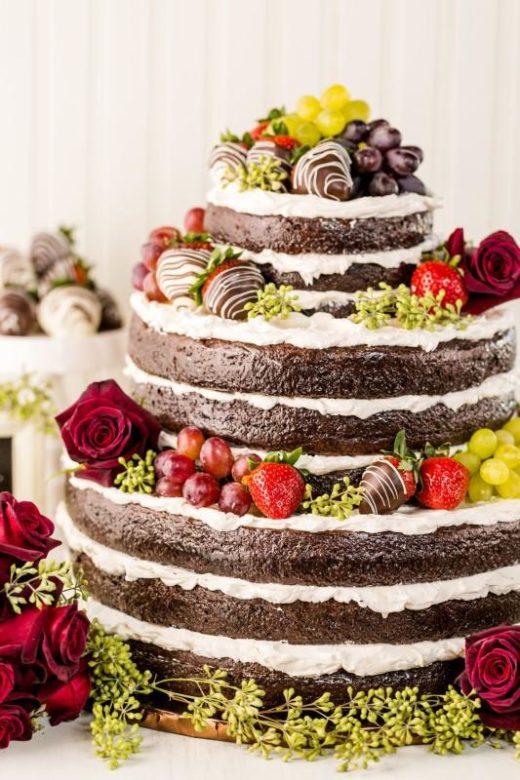 Torte Matrimonio Girasoli : Matrimonio e un tocco di classe: la torta nuziale con i fiori
