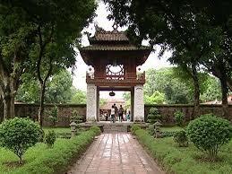 Tempio della Letteratura, dedicato a Confucio