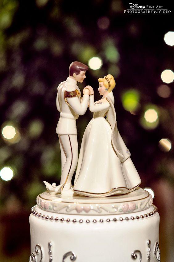 cake_topper_Dinsey Fairy Weddings_via Pinterest