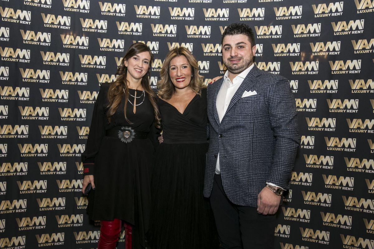 La Event e Wedding Planner Anna Frascisco insieme ai titolari di Vami Luxury Rent