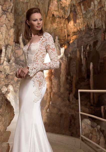 """Il modello """"Zaira"""", uno degli abiti da sposa Anya 2018"""