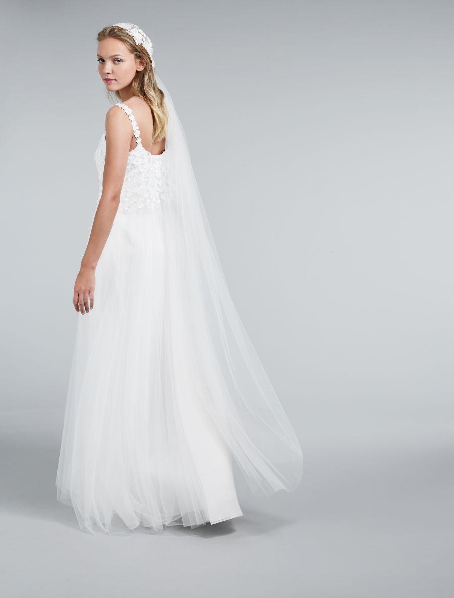 """befbc993a624 Per le clienti servizio di """"wedding concierge"""" gratuito. Nello specifico"""