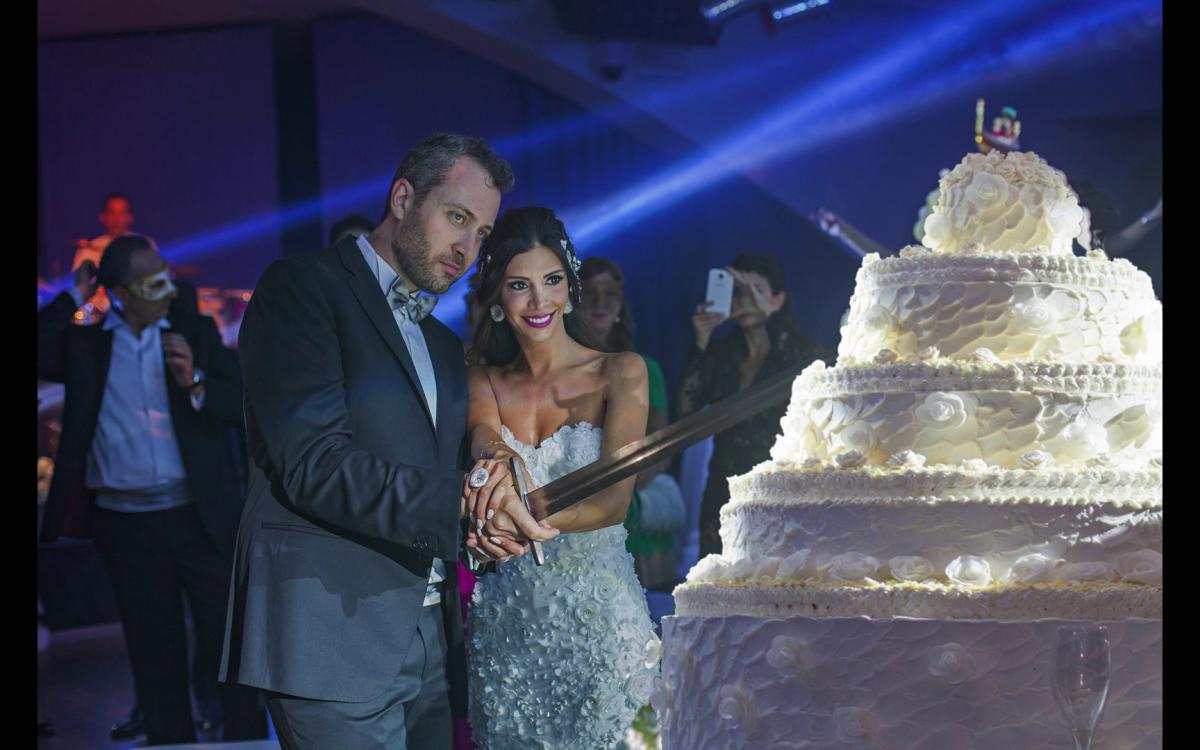 Il taglio della torta di Miriam e Wadih a Castelbrando