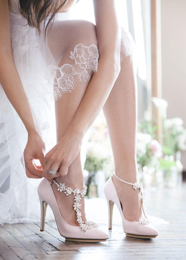 Sposa Scarpe Colorate.Scarpe Da Sposa 2018 Come Sceglierle E Come Abbinarle Al Bridal Look