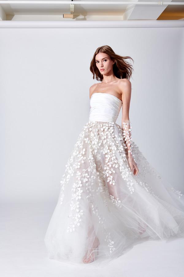146ac53cbad1 Abiti da sposa Oscar de la Renta 2019