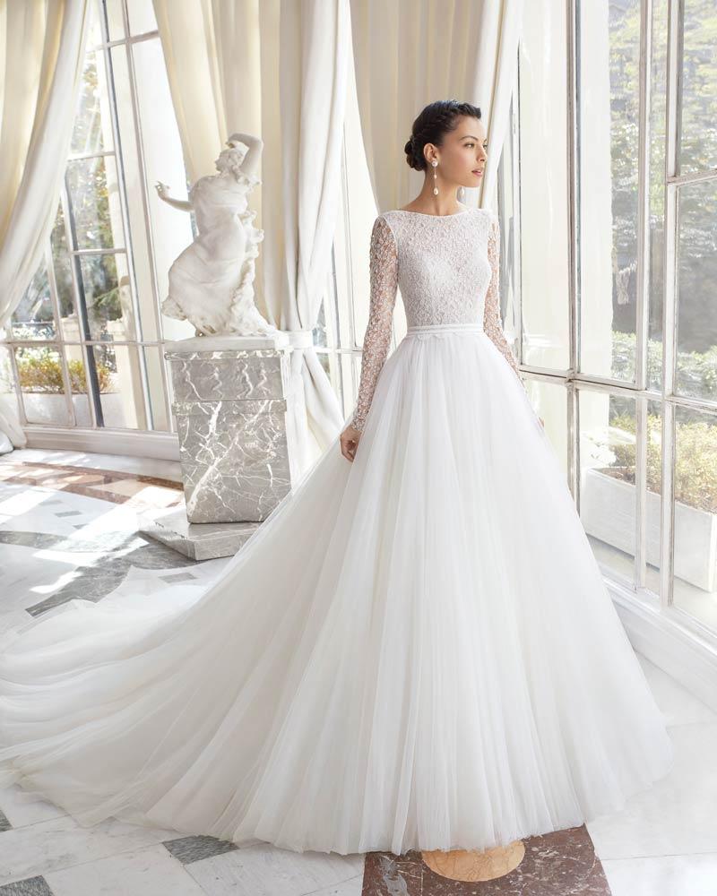 hot sale online b53d5 19ae9 Abiti da sposa più belli del 2019: ecco le foto dei 60 ...