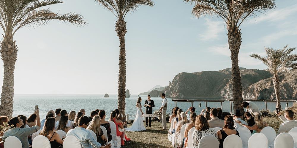 Matrimonio Simbolico Hawaii : Francesca casamento sposarsi alle eolie un matrimonio da favola