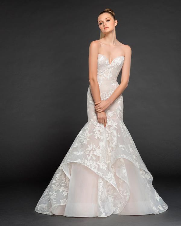 d1e97226db41 Abito da sposa a Sirena  caratteristiche e segreti del modello più ...