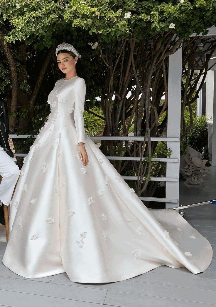 595eb363e9c2c Abiti da sposa di alta moda 2019  a Parigi i grandi stilisti ...