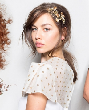 Accessori per capelli sposa 2019: idee e tendenze per la vostra acconciatura!