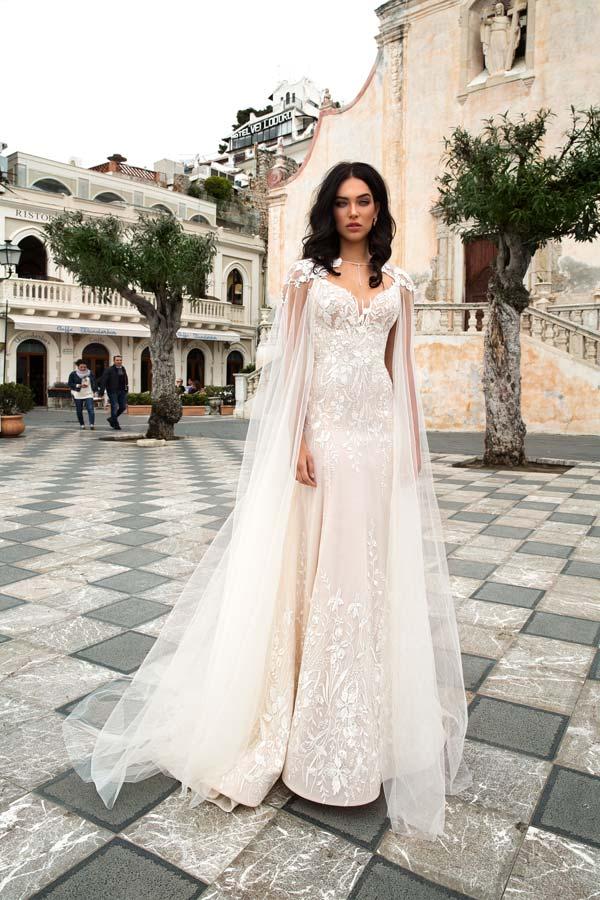 on sale 19e5c 6483e Coprispalle da sposa 2019: l'accessorio ideale per ...