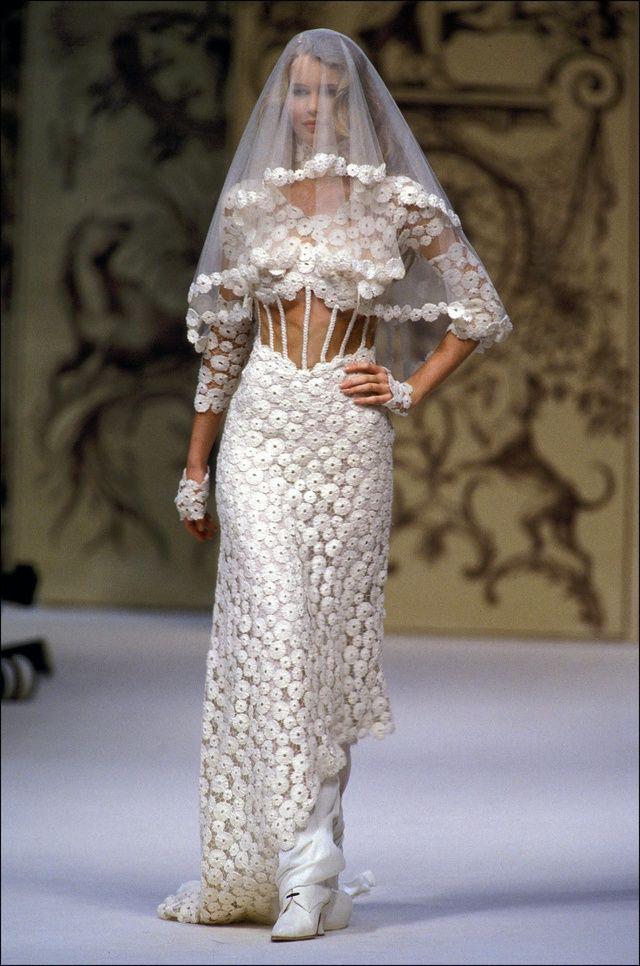 Vestiti Da Sposa Karl Lagerfeld.Karl Lagerfeld Addio All Imperatore Della Moda Che Ha Illuminato