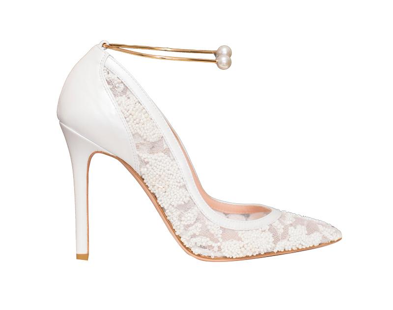 79334fb310 Scarpe da sposa 2019: modelli, consigli e tendenze per il tuo bridal ...
