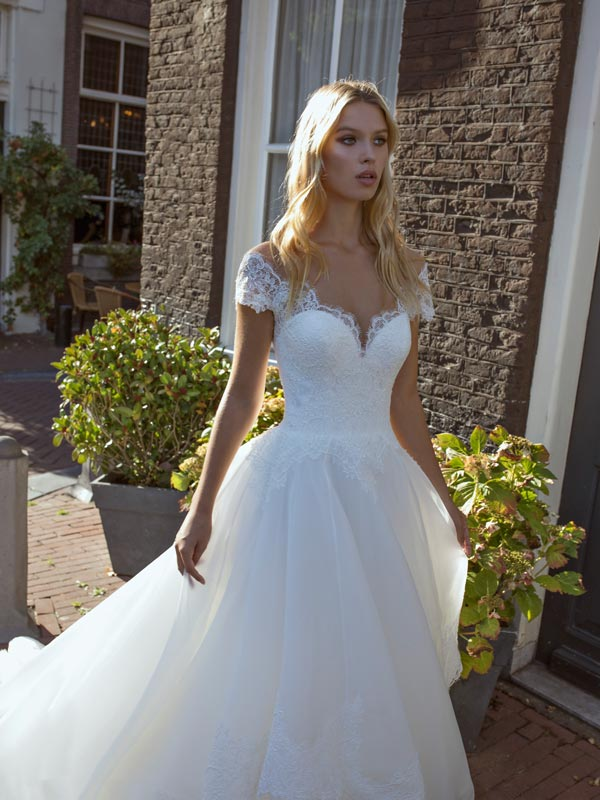 Abiti da sposa Modeca 2020