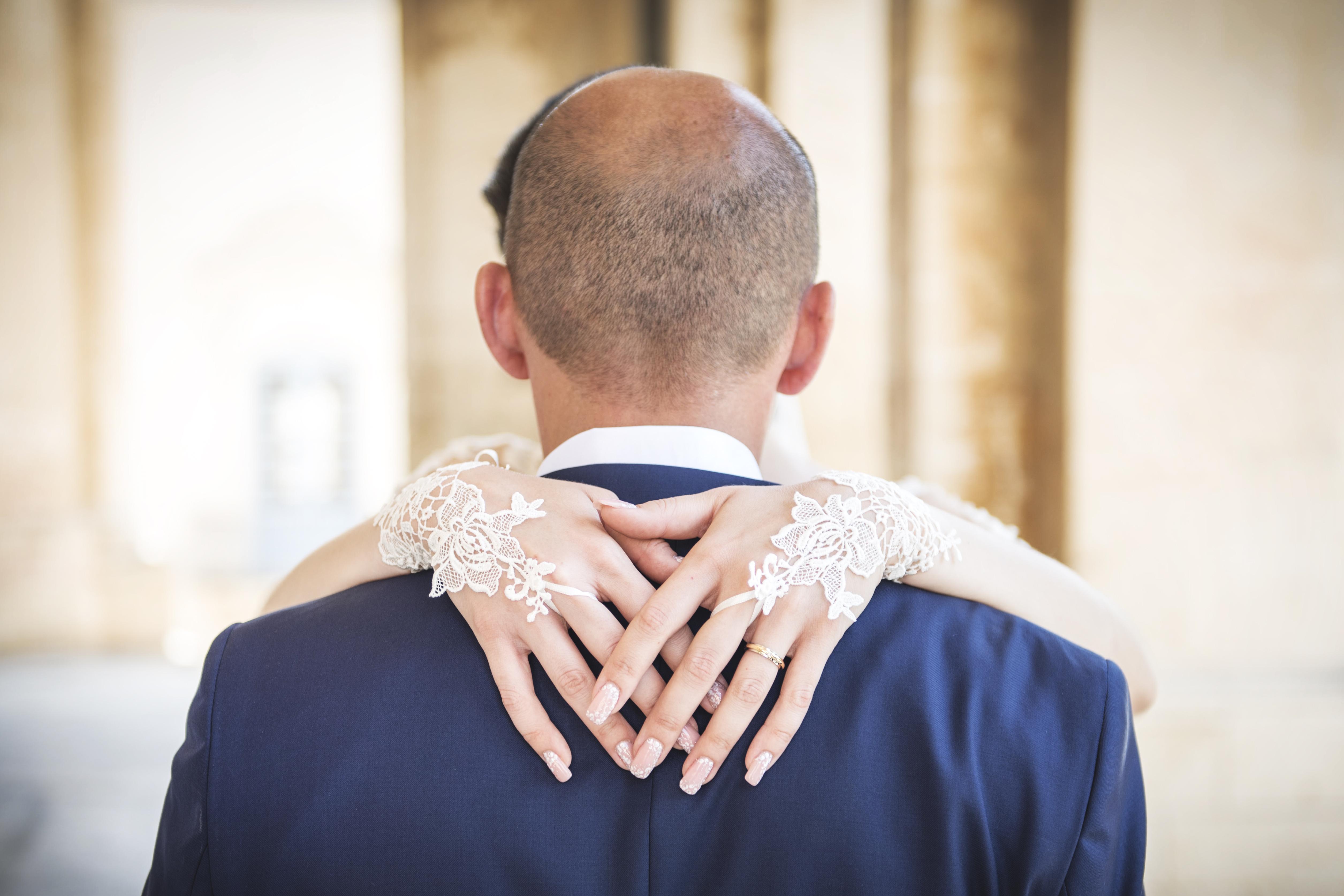 Guanti da sposa 2019