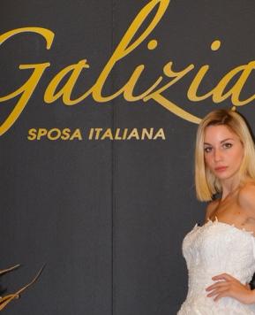 Glamour, romanticismo e sensualità nella collezione 2020 di Galizia Spose