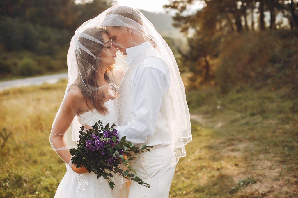 Perché la sposa si veste di bianco?