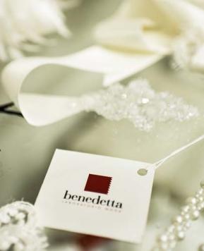 Benedetta Laboratorio Moda: gli abiti da sposa sartoriali  il nuovo lusso
