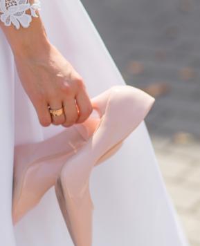 Come scegliere le scarpe da sposa perfette: 6 consigli per non sbagliare