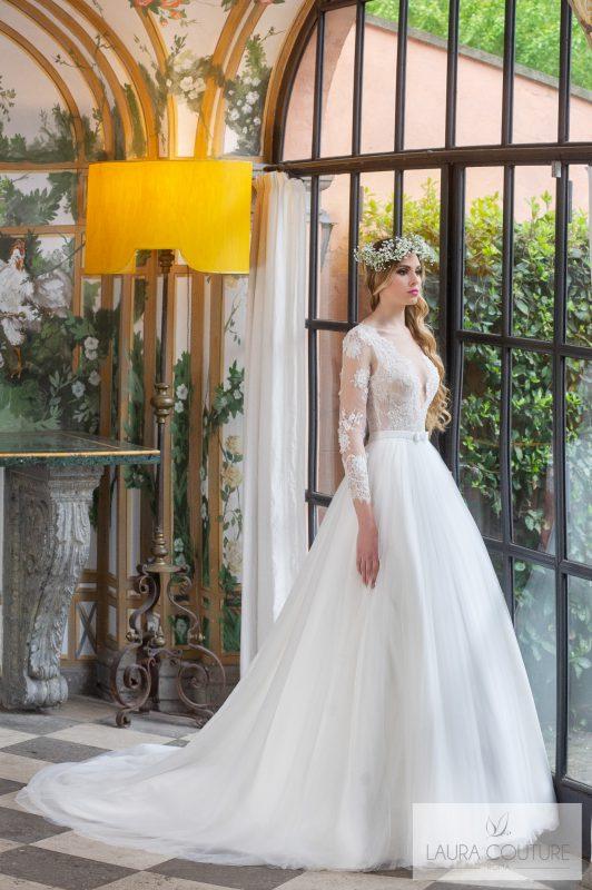 Abiti da sposa Laura Couture 2020