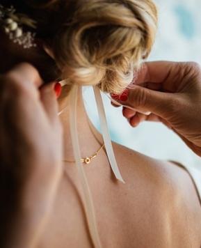 Accessori sposa personalizzati, per un look che grida originalità