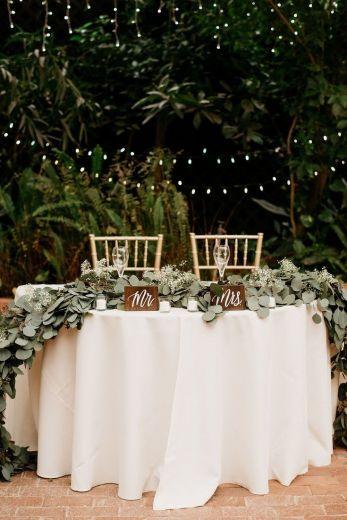 Tavolo degli sposi rustico