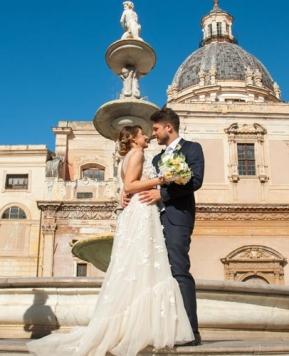 Romina Davì, ecco le nozze sicule nei toni pastello e oro