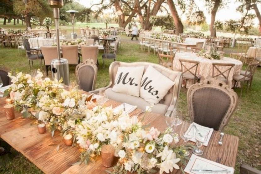 Tavolo sposi bucolico