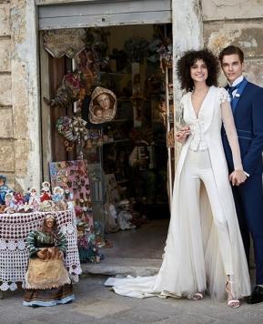 Abiti da sposa con pantaloni 2020: ecco le tendenze dell'anno