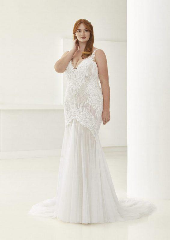 abiti da sposa curvy Ashley Graham Pronovias