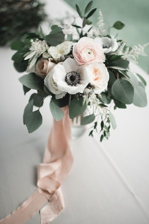 Bouquet_ anemome