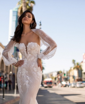Pronovias Cruise collection 2021, due linee per vere star di Hollywood