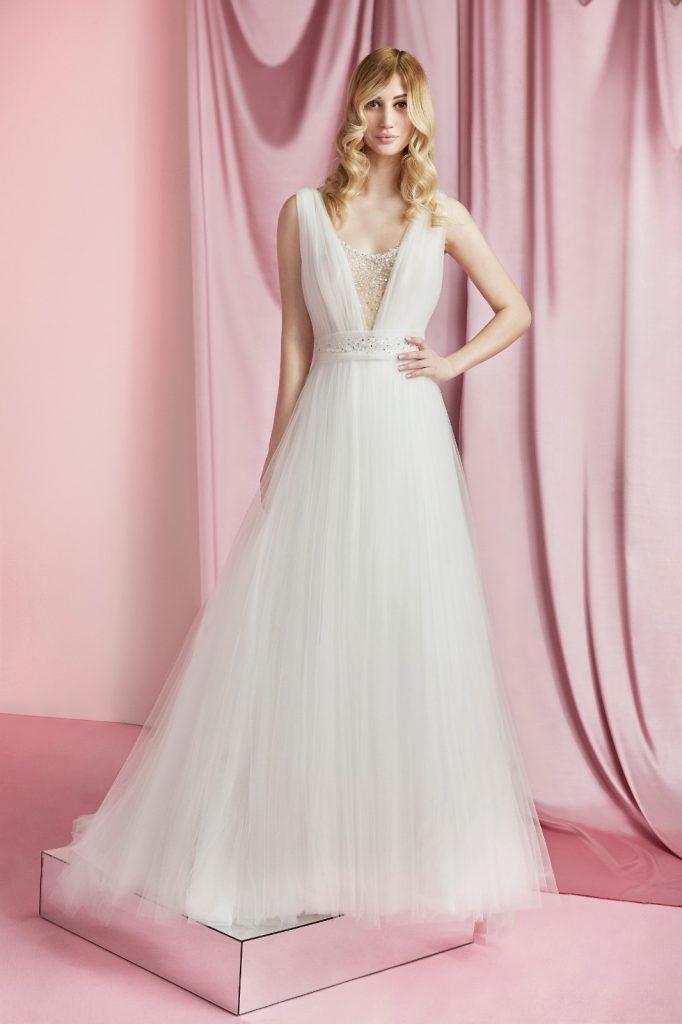 Nella foto un abito da sposa Carlo Pignatelli 2021