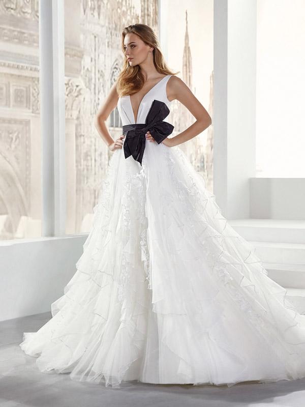 In questa foto un vestito Nicole Jolies 2021