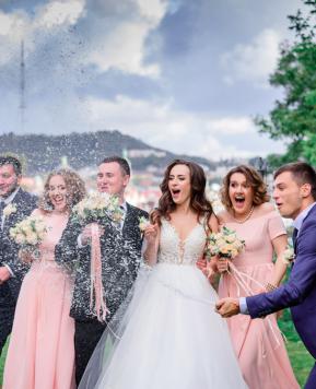 Ecco le linee guida ufficiali per riprendere a festeggiare i matrimoni durante il Coronavirus