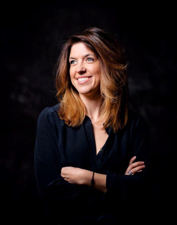 In questa foto Sara Colombi, fondatrice di The Wedding Place