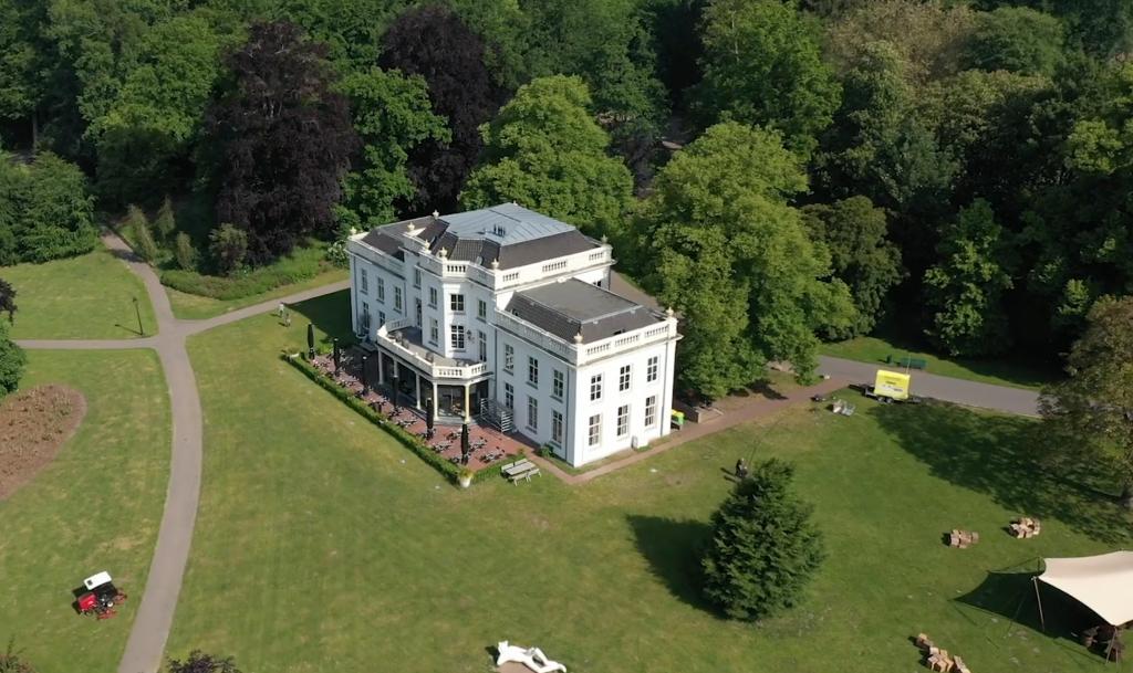 In questa foto un esempio di location per matrimoni che potrebbe richiedere la consulenza di The Wedding Place